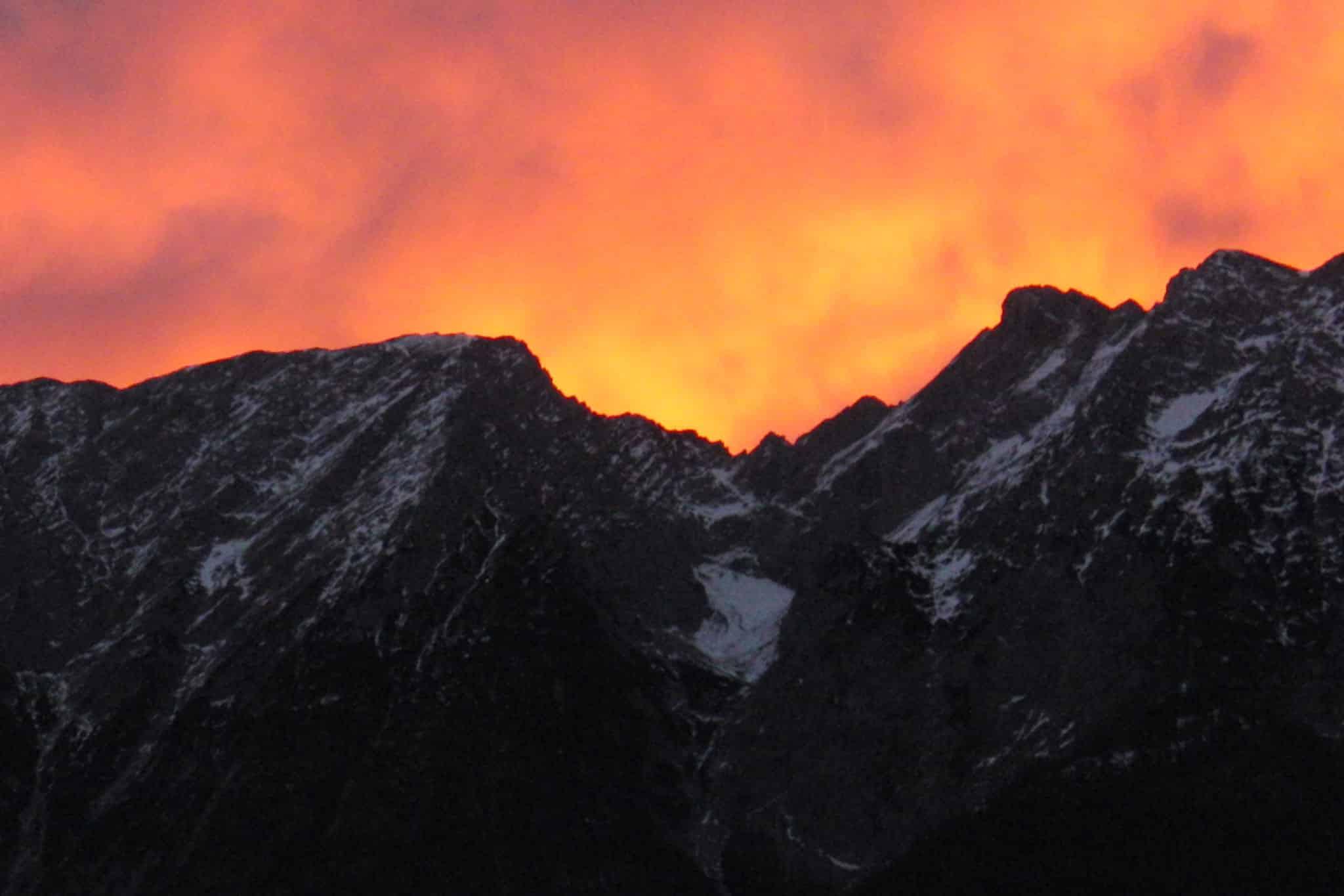 Ennstal in Flammen hinter Grimming - Blick von Sonnenalm Bad Mitterndorf